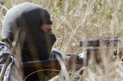 A Ukranian soldier from the volunteer battalion Shakhtarsk attends a training session on the outskirts of the southern coastal town of Mariupol